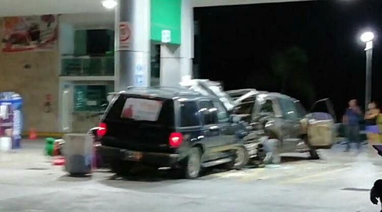 Resultado de imagen para choque gasolinera oaxaca